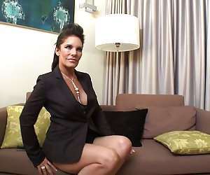 Video porno o somos de milf