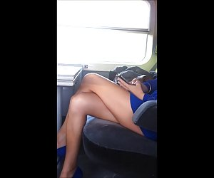 Tren videos poenos gratis a voyeur intermitente