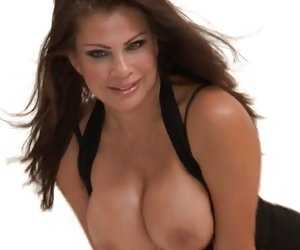 calientes bigtitted cougar teri weigel