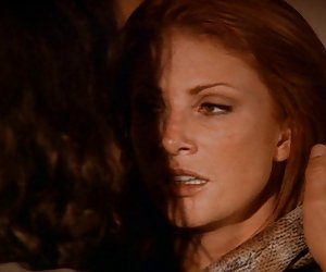 Jovensitas xxx angie everhart - depredador sexual